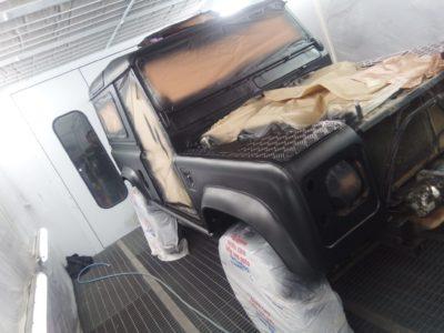 Land Rover Defender Raptor Nero